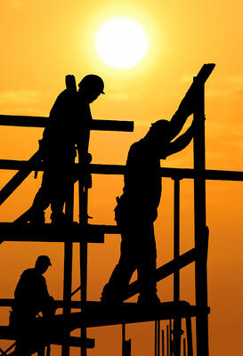 workers outside in hot weather