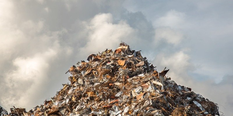 Is Landfill Disposal or Waste-to-Energy Better for America?